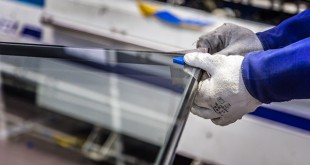 PR501 - Edgetech-Sternfenster Factory Product Shot