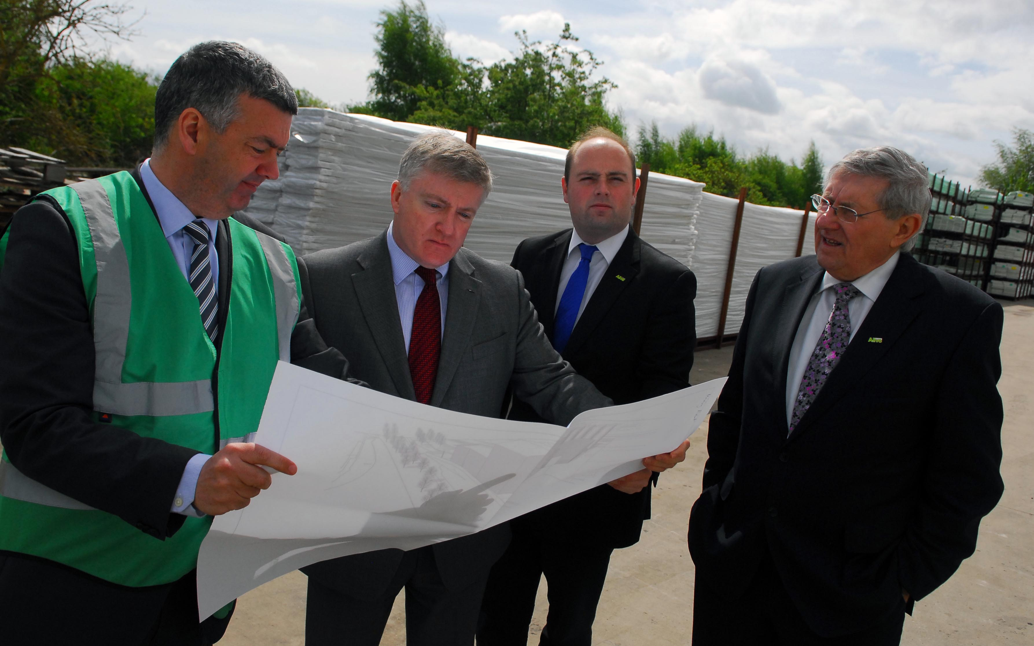 GOVERNMENT MINISTER VISITS FREEFOAM BUILDING PRODUCTS