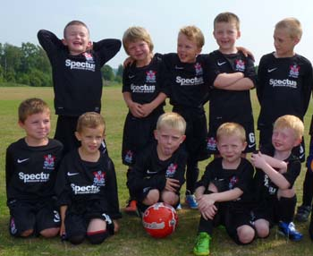 HAZEL GROVE UNDER 7's SCORE WITH SPECTUS SPONSORSHIP!