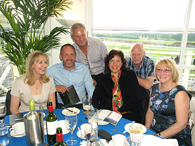 GLAZERITE TOAST TO ITS 7TH SUCCESSFUL ANNUAL TOWCESTER RACE DAY