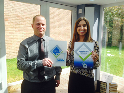 GLAZERITE CELEBRATES FIRST VEKA SCHEME SIGN-UPS