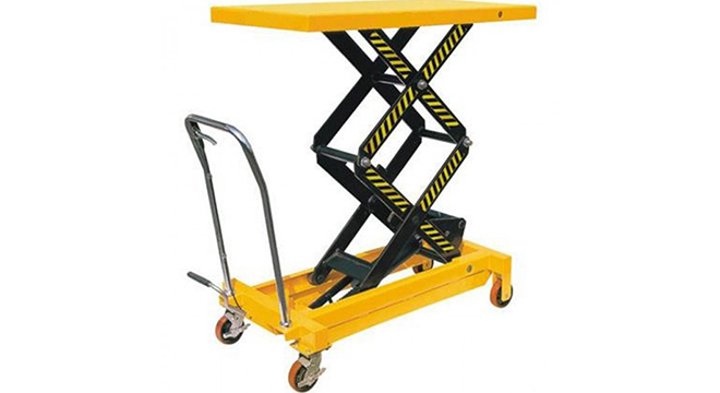 Pallet Trucks UK Outlines Benefits of Lift Tables and Table Trucks
