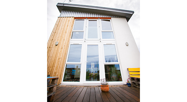 LINIAR HELPS GENERATE ENERGY FOR ECO-HOUSE PROJECT