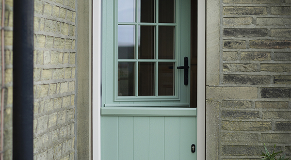 SOLIDOR TAKES TWO STANDS AT FIT SHOW 2016