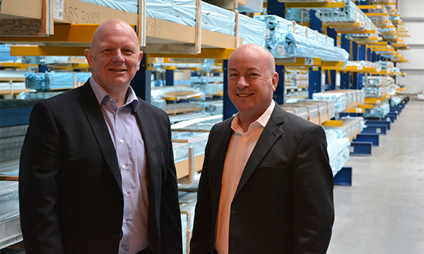 EXLABESA UK: THE NEW FACE OF ALUMINIUM SYSTEMS HOUSE KAYE BUILDING SYSTEMS LTD