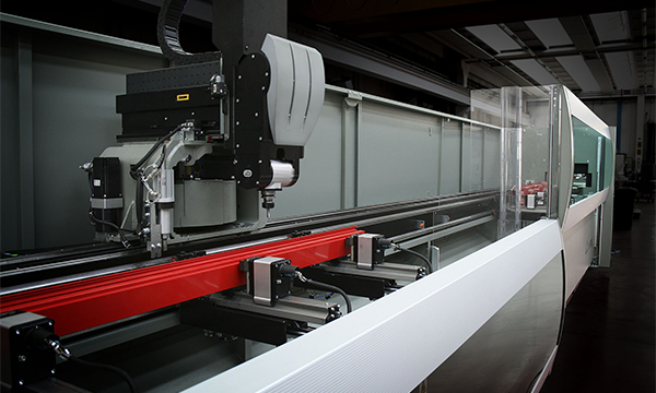 SLIDERS UK INVESTS IN LONG BED MACHINE FROM EMMEGI (UK)