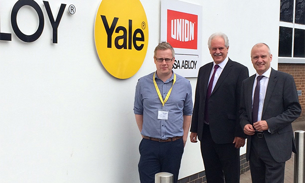 YALE LOCK IN PARTNERSHIP WITH STERNFENSTER