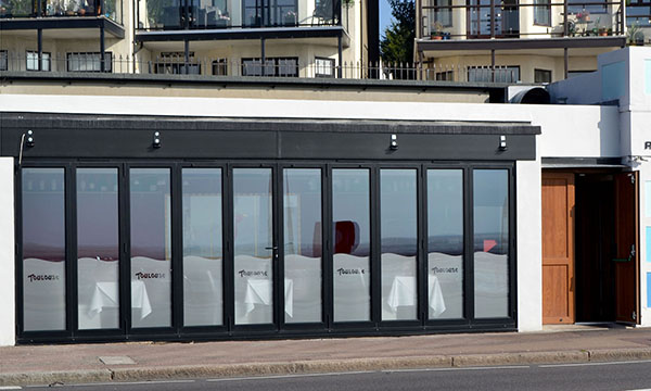 TEN PANES FOR SEAFRONT RESTAURANT