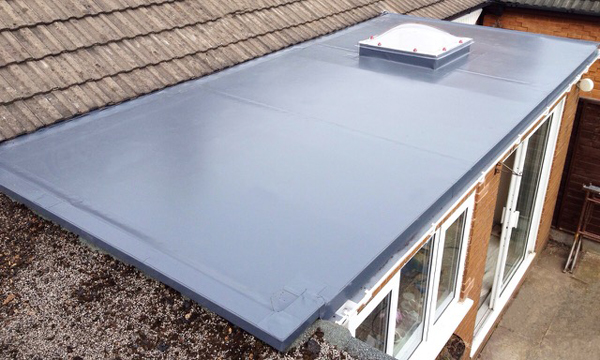 BESPOKE INSURANCE FOR HOMES WITH SINGLE PLY ROOFING ELEMENT