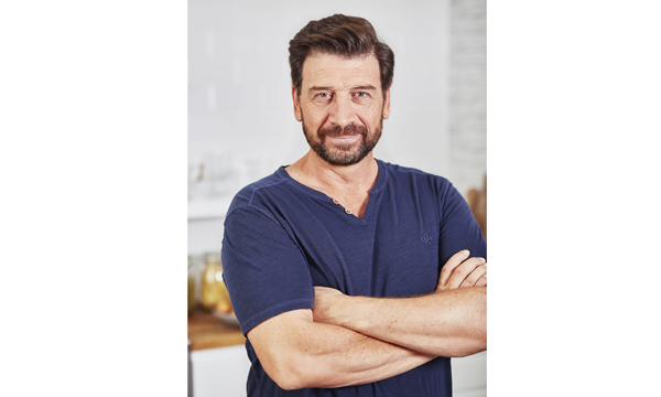 TV PRESENTER NICK KNOWLES TO HOST FIT SHOW GALA DINNER