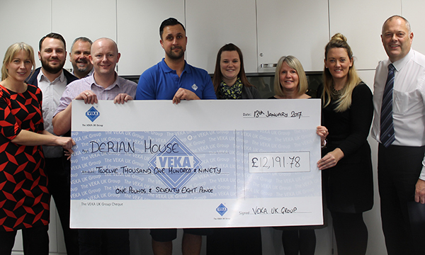 THE VEKA UK GROUP SUPPORTS LOCAL HOSPICE WITH MORE THAN £12,000!