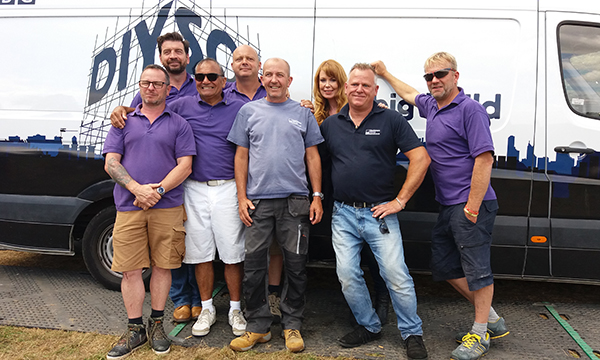 DIY SOS HAZLEMERE WINDOWS HELP OUT THE BIG BUILD