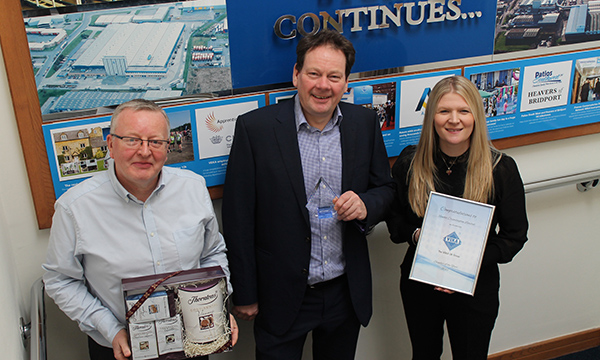 THE VEKA UK GROUP NAMES RENOLIT 'SUPPLIER OF THE YEAR'