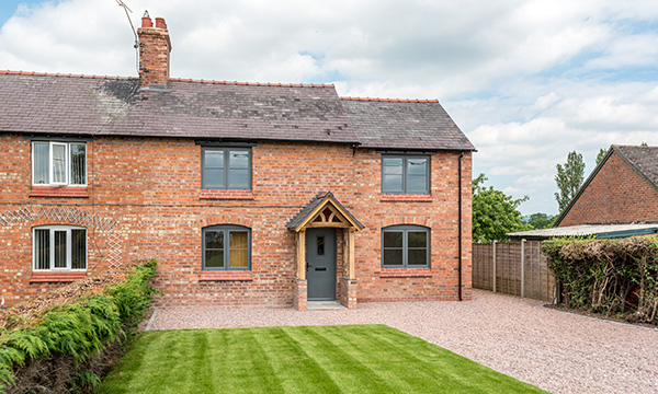 HALO FLUSHSASH PROVES ITS WORTH WITH SELF CONFESSED TIMBER INSTALLER