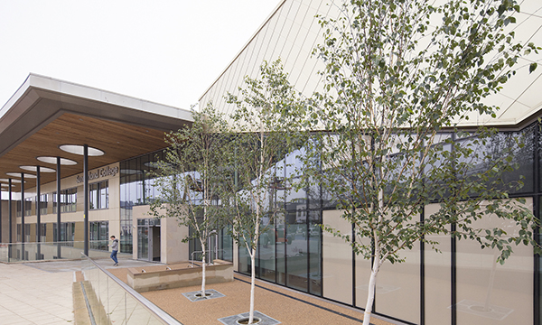 GLASSHUS SUPPLIES TECHNAL MX STRUCTURAL GLAZING FOR SUNDERLAND COLLEGE CONTRACT
