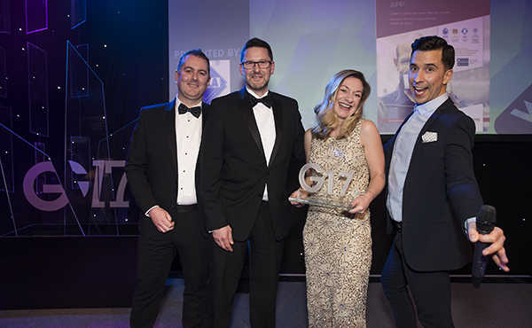 GLASSOLUTIONS WINS G17 'CUSTOMER CARE' AWARD