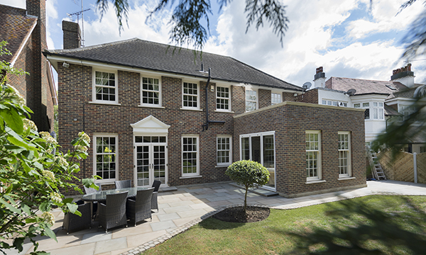 FRAMEXPRESS PROVIDES STUNNING SASHES ON  PRESTIGIOUS PRIVATE HOME