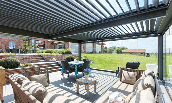 MILWOOD GROUP BRANCHES OUT WITH NEW LUXURY PERGOLA SYSTEM