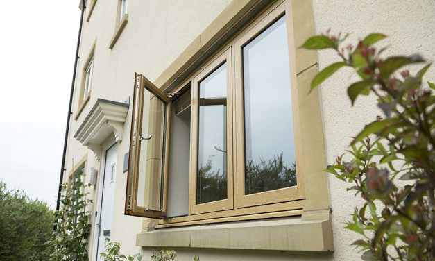 RECORD-BREAKING SALES FOR DECEUNINCK'S FLUSH SASH WINDOW