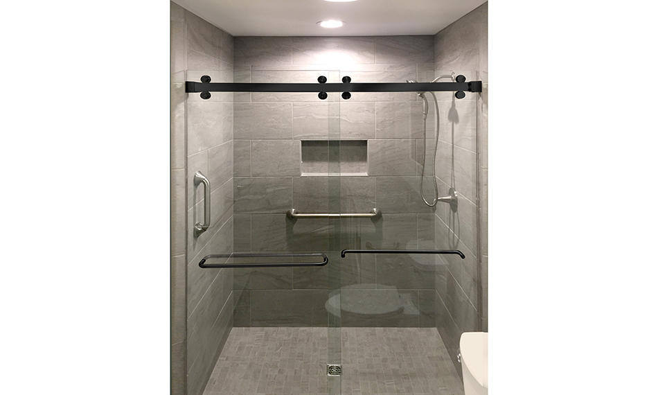 CRL LAUNCHES NEW CAMBRIDGE BYPASS SHOWER SLIDING DOOR SYSTEM