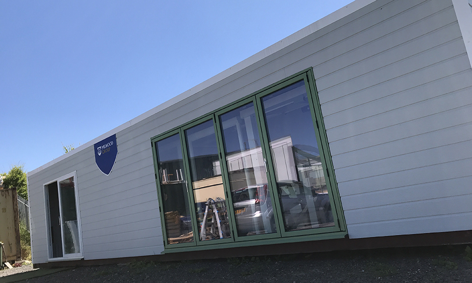 NEW MILWOOD GROUP TRAINING ACADEMY HELPS 50 INSTALLERS BREAK INTO OUTDOOR LIVING