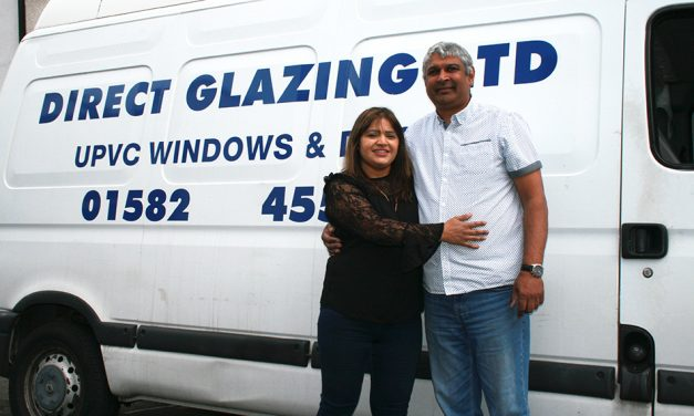 DIRECT GLAZING CELEBRATE 25 YEAR PARTNERSHIP WITH SELECTA SYSTEMS