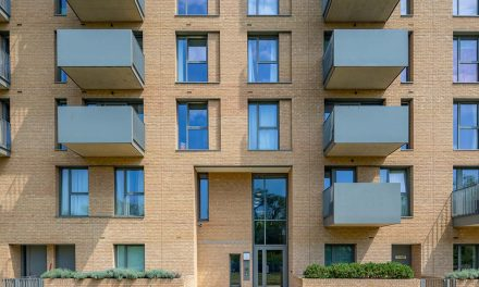 SAPA SELECTION SHINES ON BARRATT LONDON SCHEME IN NW9