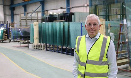 PADIHAM GLASS ANNOUNCES HEAVY-WEIGHT APPOINTMENT