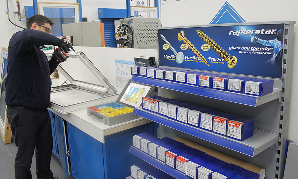 RAPIERSTAR'S FASTENER EXPERTISE SUPPORTS VEKA'S TESTING AND NPD
