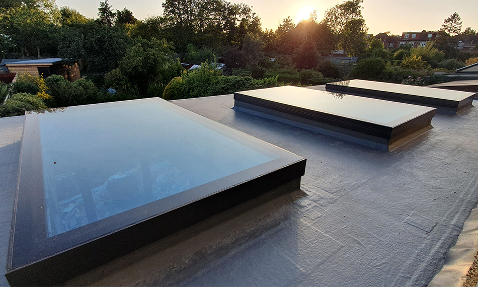 TRIO OF TUFFX ROOFLIGHTS SHED LIGHT ON NEW EXTENSION