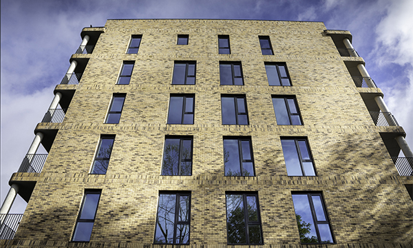 PROFILE 22'S OPTIMA WINDOWS FITTED IN NEW LONDON HOUSING DEVELOPMENT