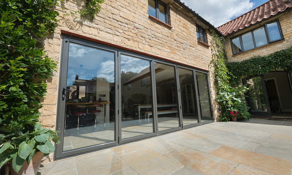 STERNFENSTER OFFERING 5-DAY LEAD TIMES ON BI-FOLDS AS DEMAND FROM RETAIL SECTOR CONTINUES