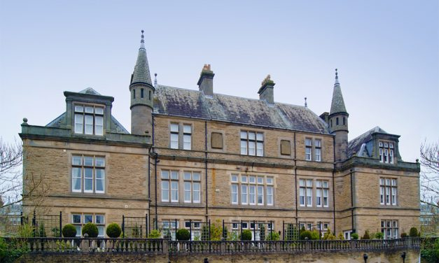 SPECTUS VERTICAL SLIDERS DELIVER HERITAGE AUTHENTICITY FOR GRADE II LISTED BUILDING